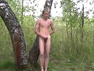Amateur nude boys plein-air masturbation